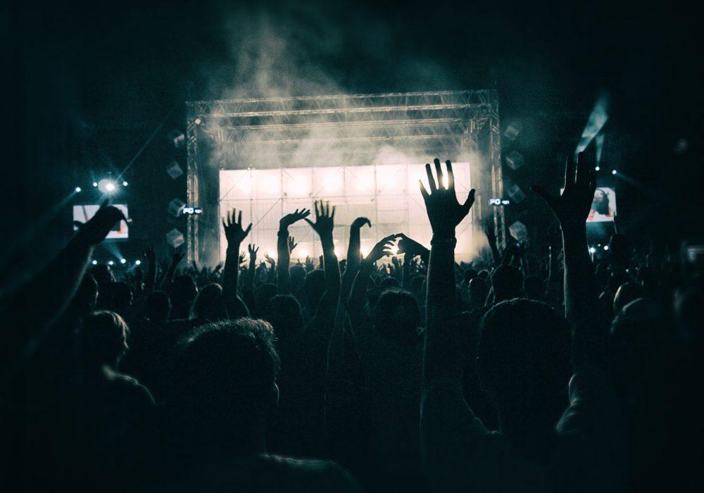 crowd-1056764